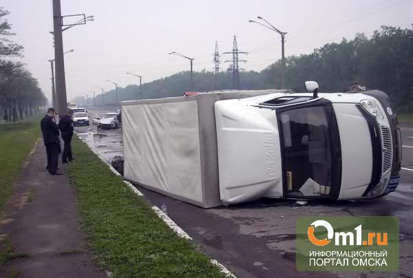 На дороге у Нижней Омки опрокинулась грузовая «Газель» - погиб водитель