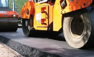 В Омске перед ремонтом дорог взлетели цены на битум