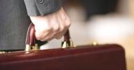 В Омске из автомобиля Land Cruiser похитили 500 000 рублей