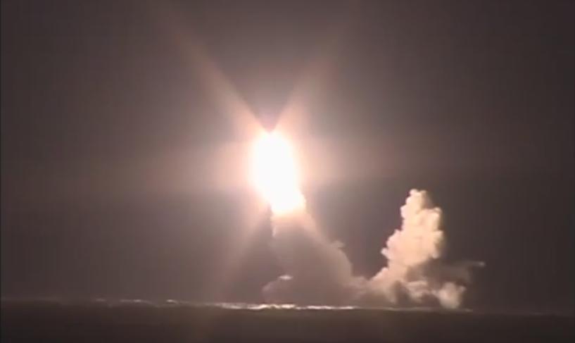 Наглядная демонстрация: Минобороны показало запуск баллистической ракеты «Булава»
