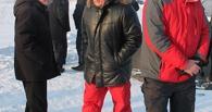 Мэр Омска ходит на работу в олимпийских штанах