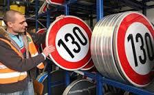 Омичам официально разрешили разгоняться на магистралях до 130 км/ч