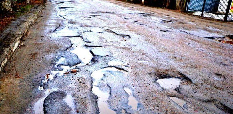 Омские депутаты предложили объявить в городе чрезвычайную ситуацию из-за дорог