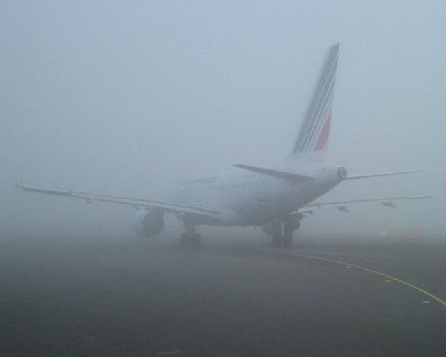 Самолеты из Москвы не смогли приземлиться в Омске из-за густого тумана