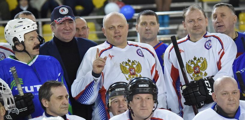 Омский губернатор открыл гала-матч Ночной хоккейной лиги