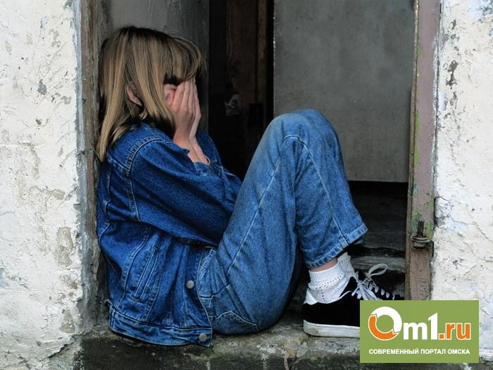 В Омске узбек-гастарбайтер изнасиловал 14-летнюю девочку