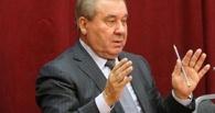 Леонид Полежаев выпил водки на агровыставке в Омске