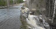 В Омской области из-за паводка разрушился участок дороги в 5 километров