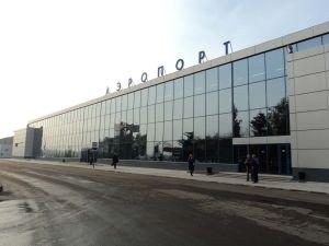 Омский аэропорт не захотел платить 70 тысяч пострадавшей пенсионерке