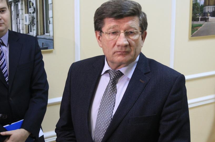 Двораковский пообещал продолжить строить тротуары в 2016 году