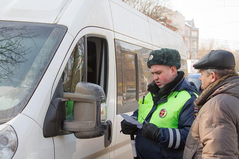 Омские полицейские вышли на охоту за маршрутчиками