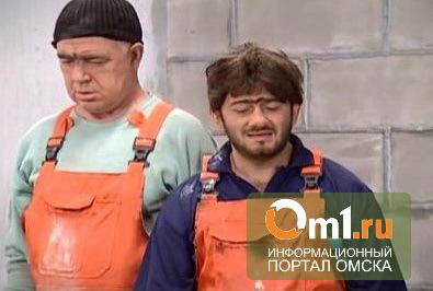 За попытку ввоза в область узбеков у омича отобрали Land Cruiser
