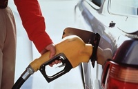 В России предлагают выдавать бензин по талонам