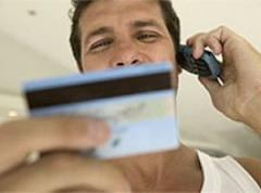 Операционисту омского Сбербанка за кражу денег с карт дали 200 часов работ