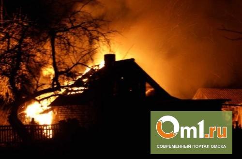 В центре Омска горел трехэтажный дом: эвакуировано 15 жильцов