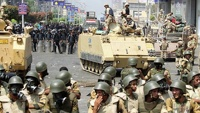 Власти Египта ввели в стране комендантский час