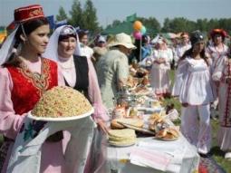 Омские татары приглашают горожан на «Сабантуй»