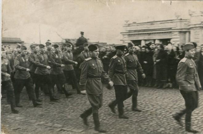 Как отмечали 9 мая в Омске в 1945 году