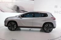 Кроссовер Peugeot 2008 появится в продаже весной