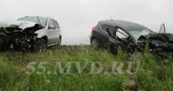 На трассе Омск – Тюмень в лобовой аварии пострадали четыре человека