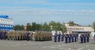 Почтить память погибших в Омске десантников приехали генерал Шаманов и полковник Пономарёв