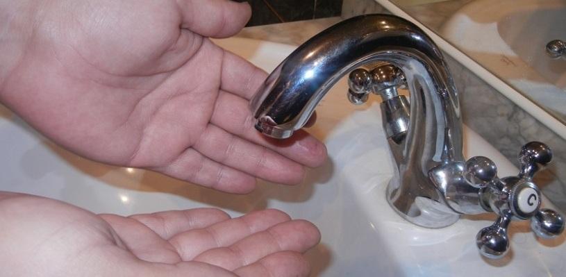 Жители двух округов Омска 10 марта останутся без холодной воды