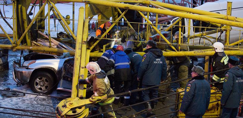 Инспектора Ростехнадзора сделали обвиняемым по делу о падении крана в Омске