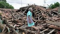 Пострадавшим от шторма жителям Мексики пришла на помощь наркомафия