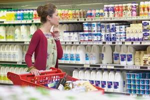 Омичи чаще всего жалуются в суд из-за продажи сигарет и просроченных продуктов