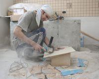 Омские подрядчики продолжают «мухлевать» при капремонте аварийных домов