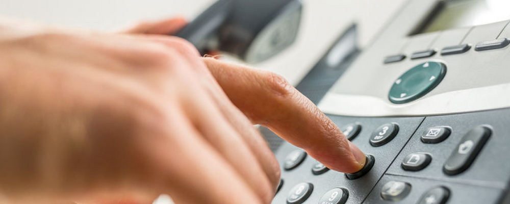 На всякий случай: омичам напомнили телефоны оперативных служб на праздники