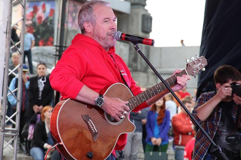 Я спел всего 3 песни - Макаревич попросил Путина защитить его от «шабаша»