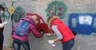 В Омске призвали к соблюдению ПДД через граффити
