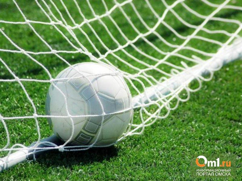 В Омске стартовал рождественский футбольный турнир