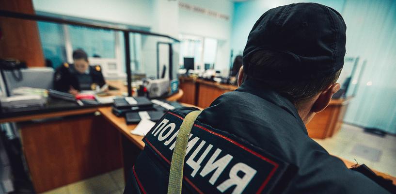В Омске на подростка напал пьяный рецидивист с шилом