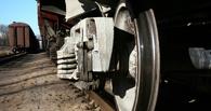 В Омске мужчина погиб под колесами грузового поезда