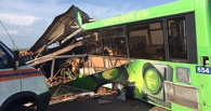 Причиной смертельного ДТП под Омском могло стать пробитое колесо автобуса