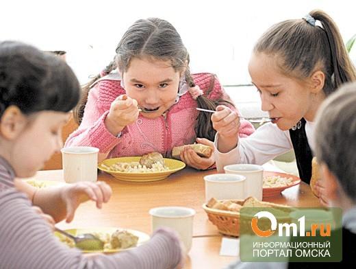 Омский Горсовет проверит школьных поваров «на вшивость»