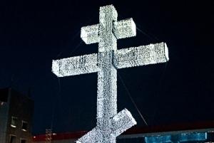В Омске у «Континента» опять установили 30-метровый крест