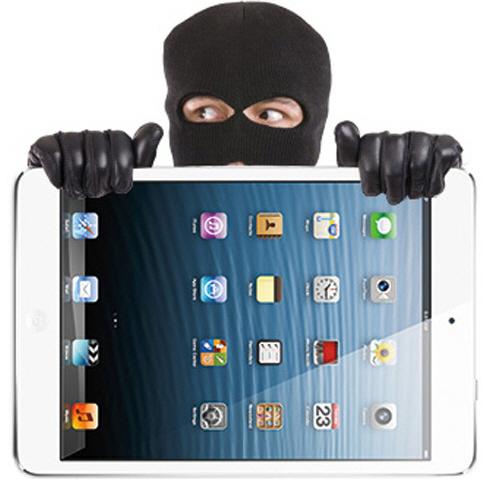 Омич попытался вынести из гипермаркета планшет, спрятав его под кофтой
