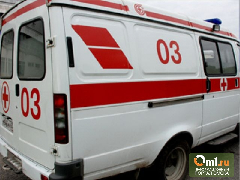 В Омске Land Cruiser въехал в пассажирскую «Газель» № 421