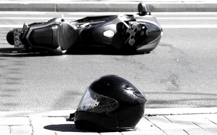 В Омске от столкновения с автобусом и Subaru погиб мотоциклист