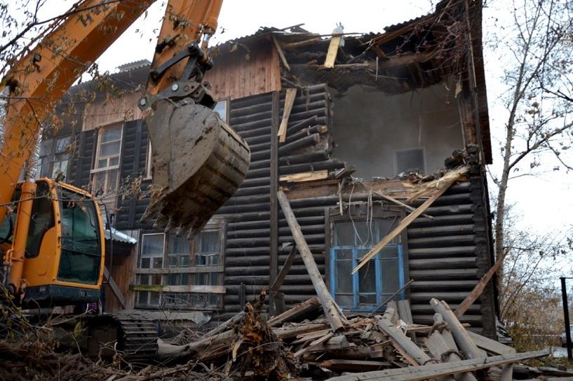 В Омске снос дома с жильцами внутри признали незаконным