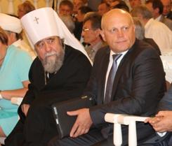 Посетит ли губернатор Назаров церковь на Пасху?