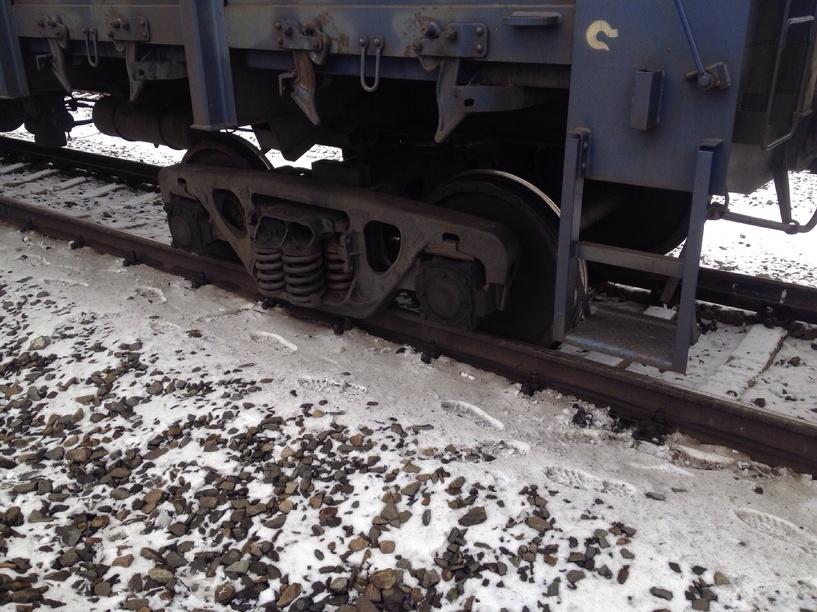 В Омской области на станции «Лузино» поезд сошел с рельсов