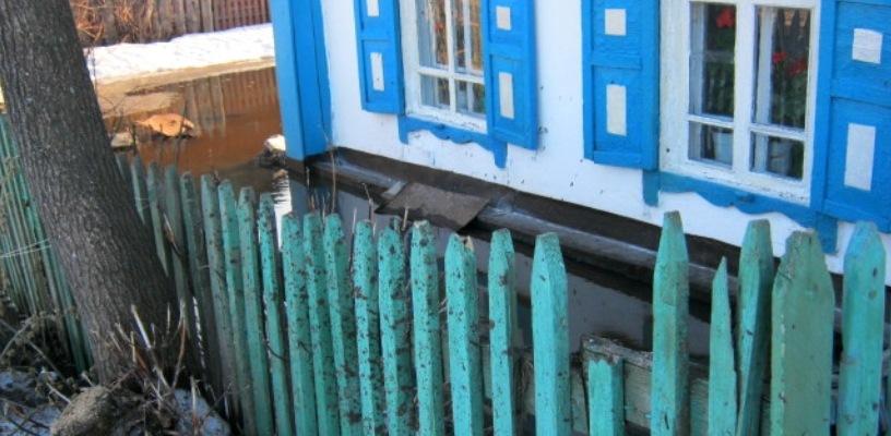МЧС: в Исилькуле остался подтоплен один дом