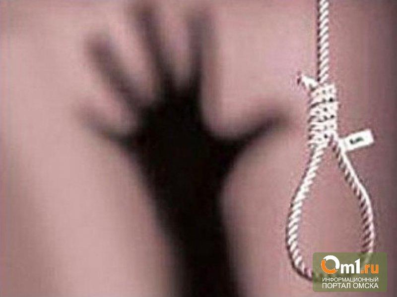 В Омской области повесилась 17-летняя девушка