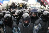 Сергей Миронов предложил бойцам «Беркута» работу в полиции