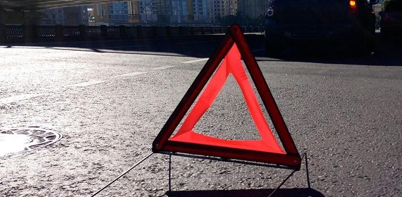 В Омске на новой разметке у кинотеатра «Маяковский» сбили девушку