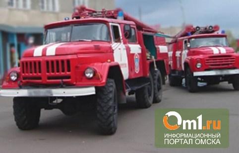 В Омске горела многоэтажка на Красном пути